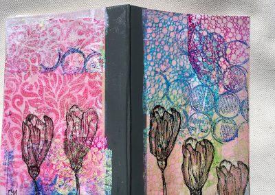 PAPETERIE-TYM-BLUEVERTSOUL-MIXED MEDIA ART-CARNET-COUVERTURE MONOTYPE-MOTIFT FLEURS ET BULLES-PAGES LIGNÉES-FORMAT A6