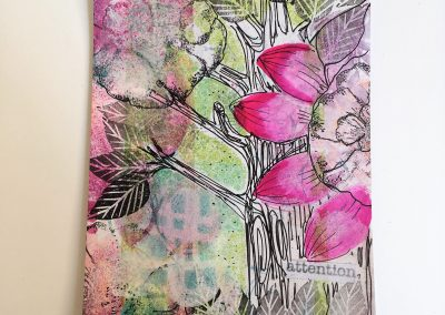 PAPETERIE-TYM-BLUEVERTSOUL-MIXED MEDIA ART-CARTE POSTALE-ATTENTION-ARBRE ET FLEUR-FORMAT A6-PAPIER ÉPAIS